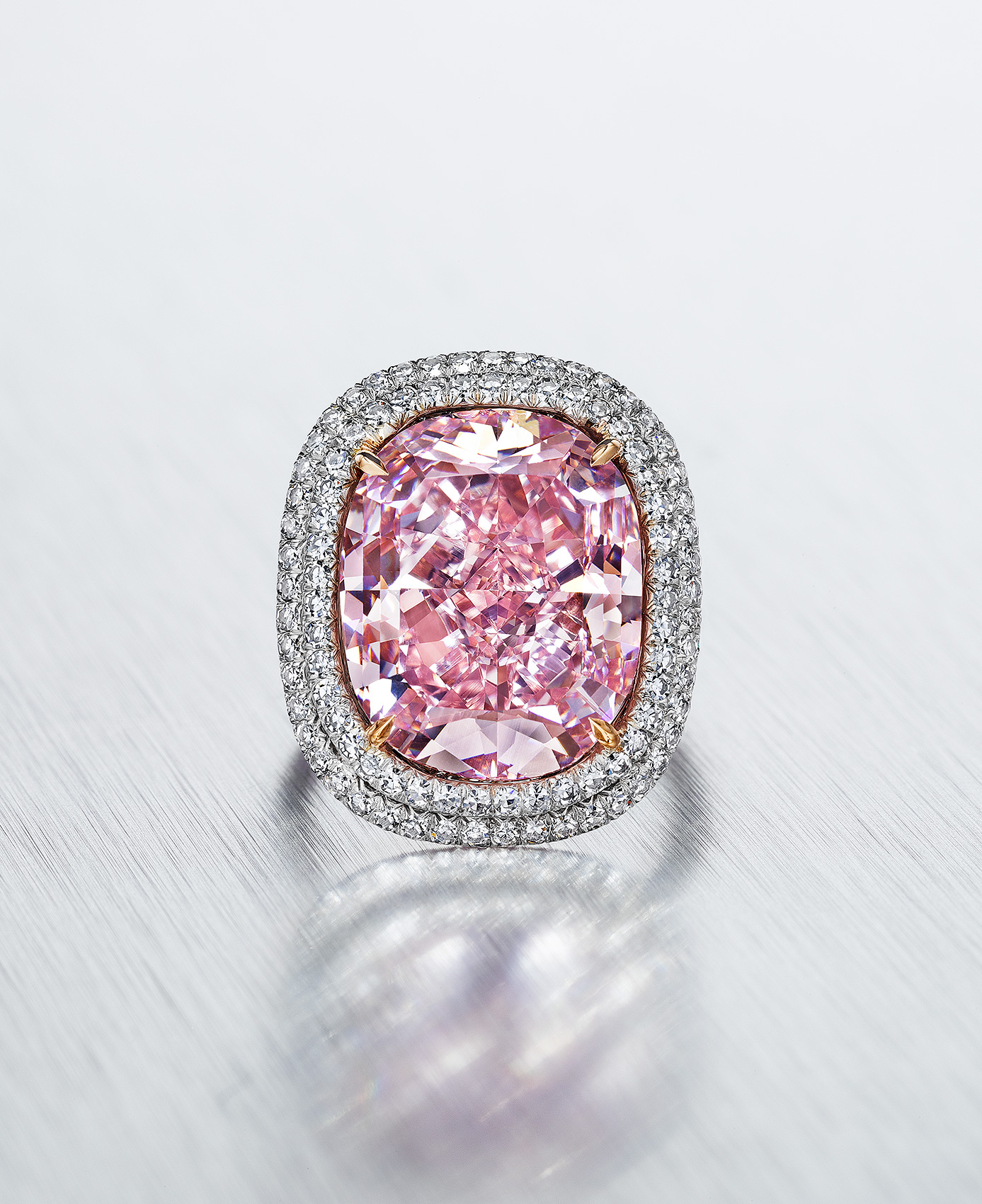 16-Carat-Pink-Diamond-Ring
