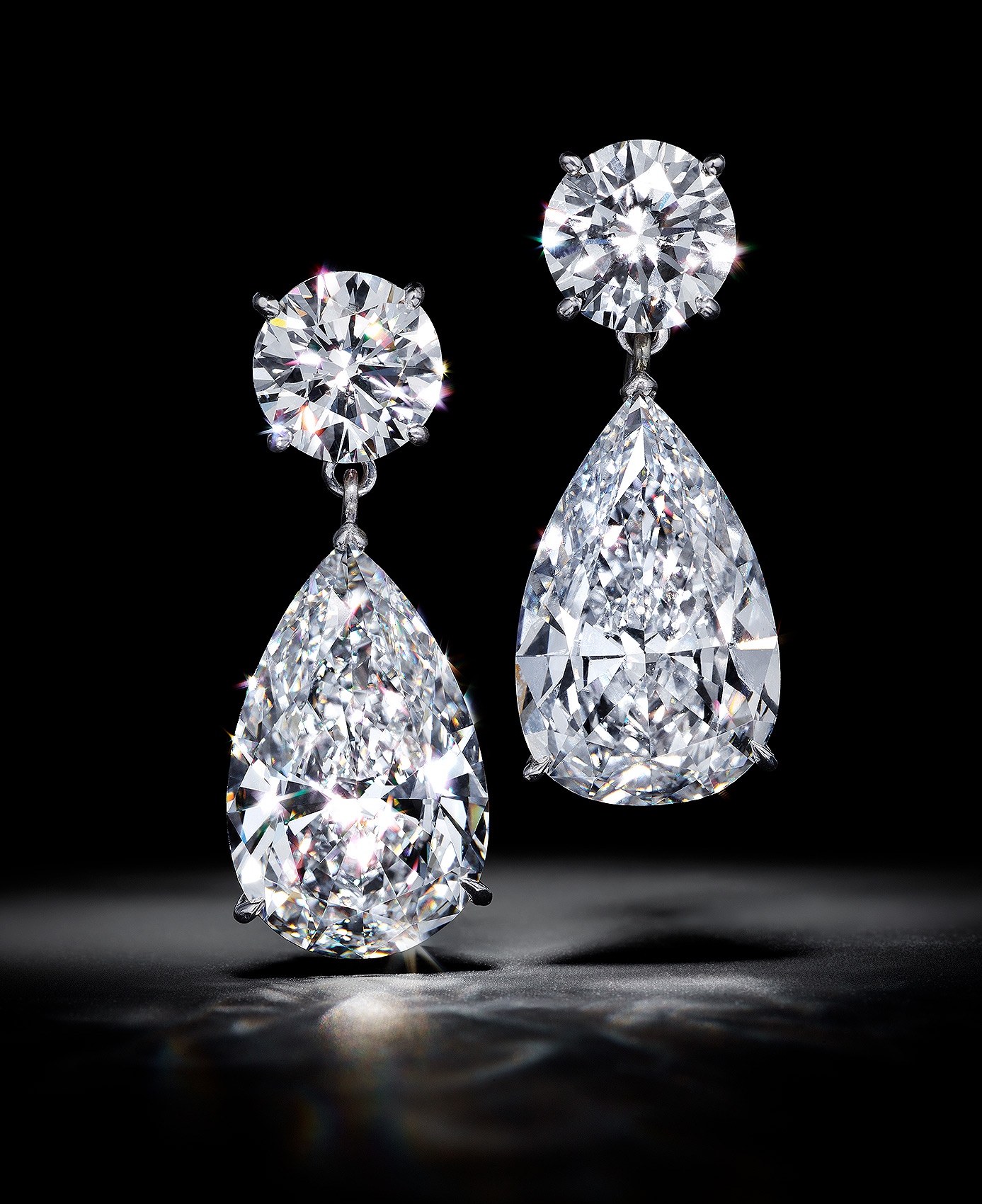 Sparkling-Diamond-Earrings